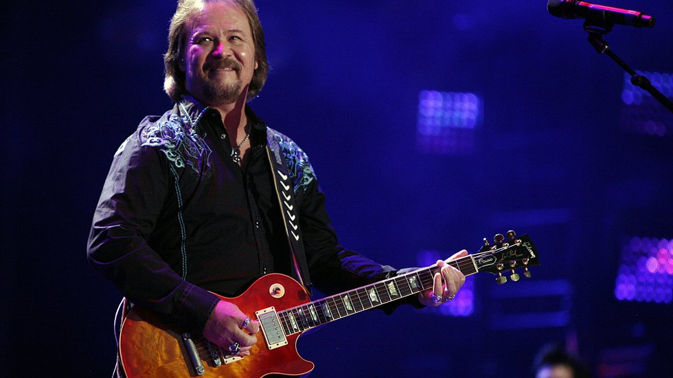 Country star Travis Tritt cancels some shows due to COVID-19 policies