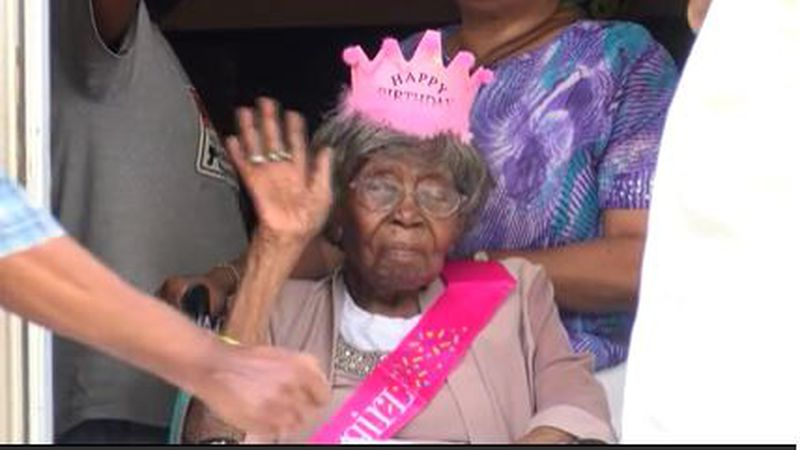 Charlotte's Hester Ford, previously oldest living American, dies at 115 years old