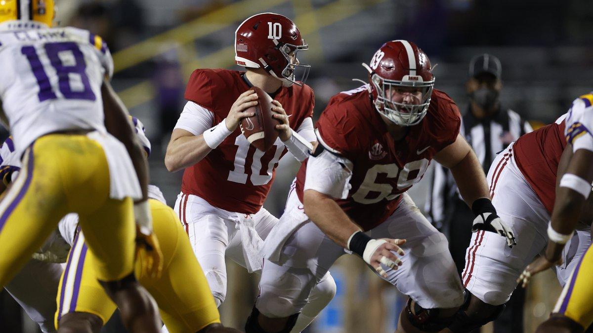 12/5/20 MFB Alabama vs Alabama quarterback Mac Jones (10)Alabama offensive lineman Landon...