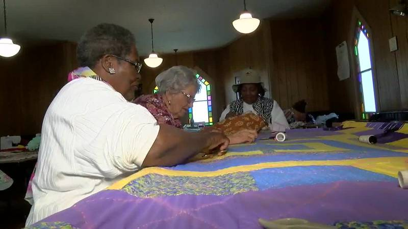 Absolutely Alabama: Mt. Willing Quilters