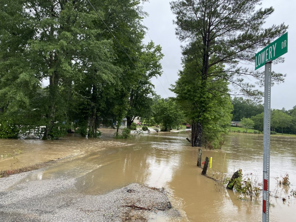 Flooding along Hwy 171 in Tuscaloosa Co.