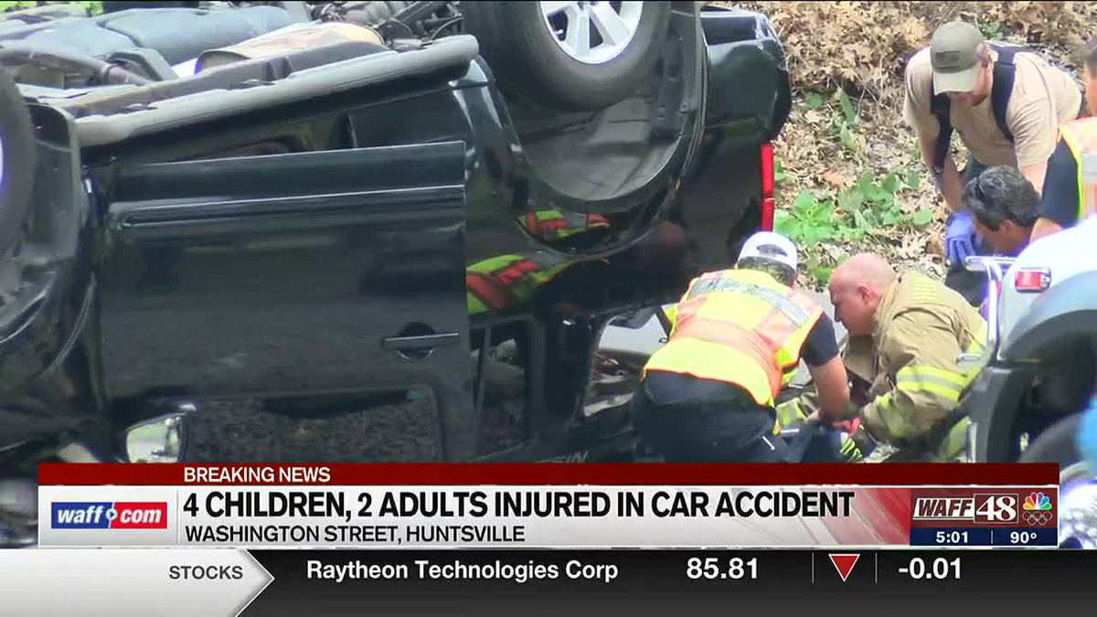 4 children, 2 adults injured in car accident