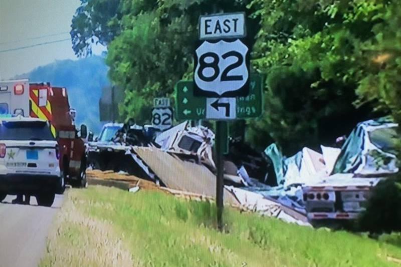A major crash has happened on U.S. Highway 231 in Montgomery County.