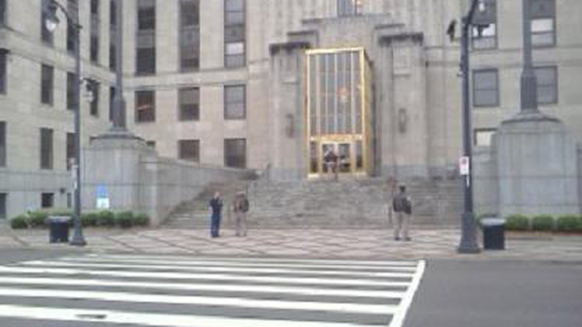 The Jefferson County courthouse was evacuated Wednesday morning due to a bomb threat. Source:...