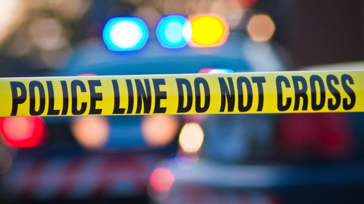 A Shooting on White Road, St. Helena Island in Beaufort County sends 3 people to hospital.