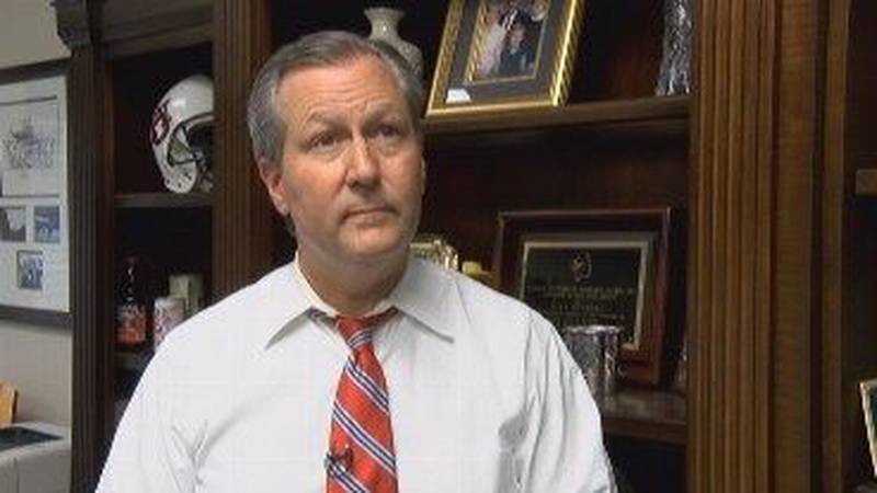 Former Alabama House Speaker Mike Hubbard is again asking a judge for an early release from...