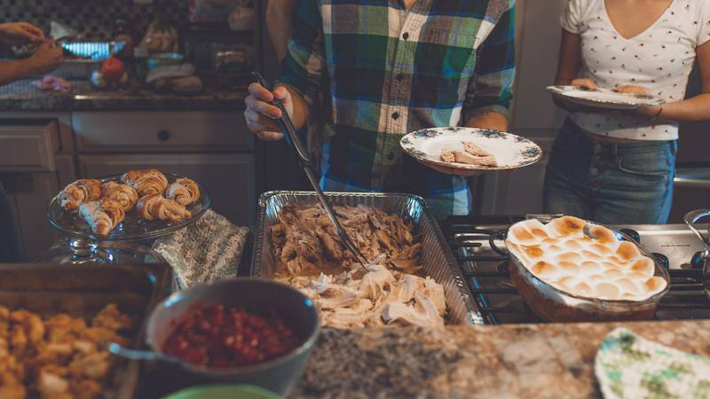 Food will be served from 8 a.m. until 2 p.m. (Source: Pexels)