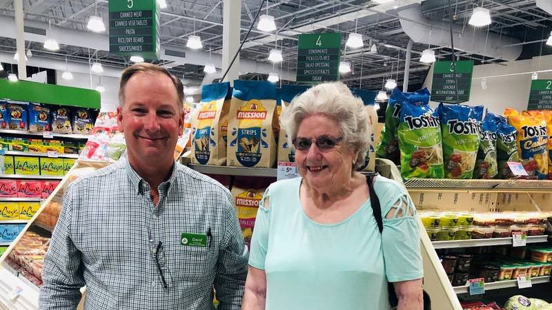 Where Shopping is a Pleasure: Publix manager's act of kindness takes customer service to a new...