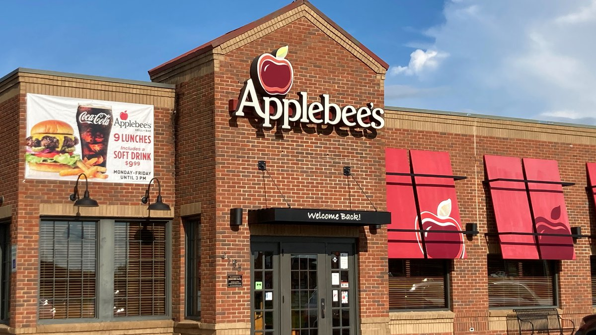 The Alabama Department of Public Health reports that a food handler at the Applebee's at 3195...