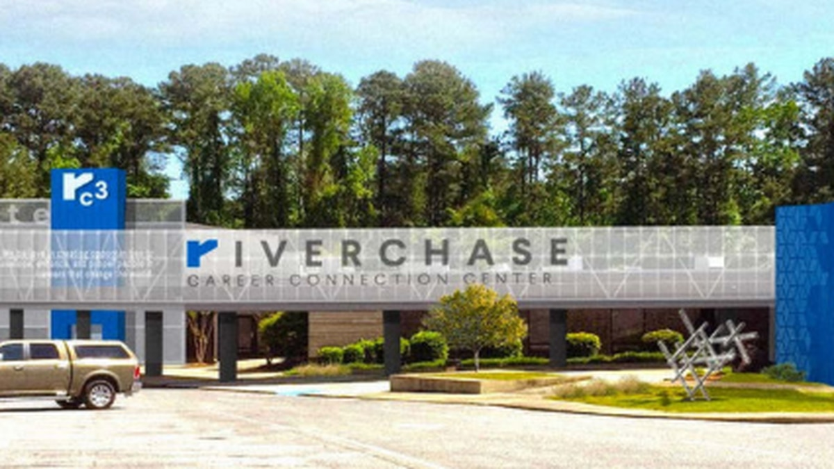 The Riverchase Career Connection Center (Source: Hoover City Schools)