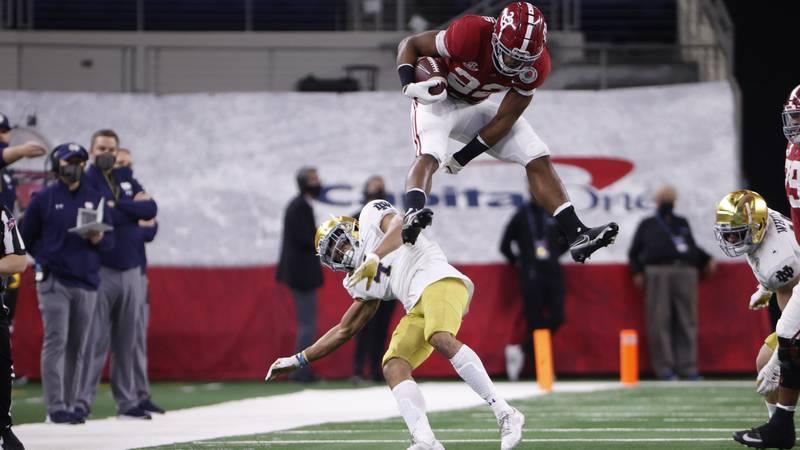 Alabama vs  NotreDame Alabama running back Najee Harris (22) Photo by University of Alabama...
