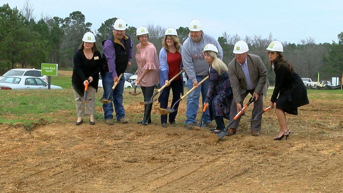 New subdivision in Columbiana, Ala. (Source: WBRC video)