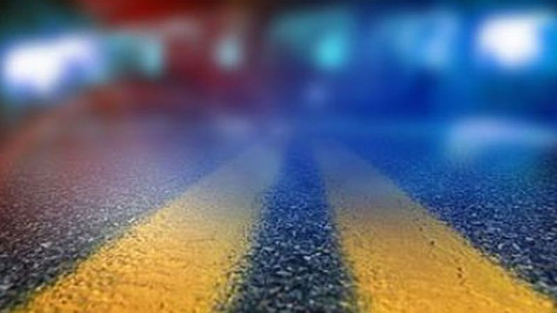 Louisiana State Police says a man was killed in a single vehicle crash in Jefferson Parish...