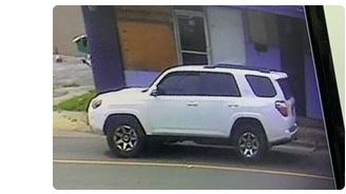 Deputies search for white Toyota 4 Runner