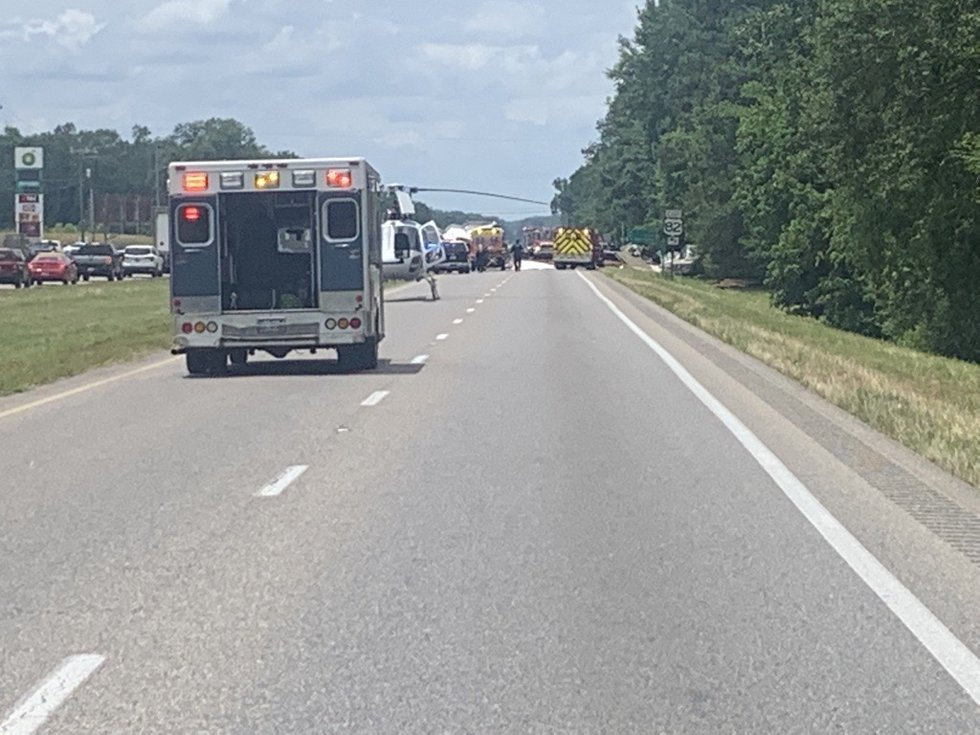 Major crash closes Highway 231 in Montgomery County.