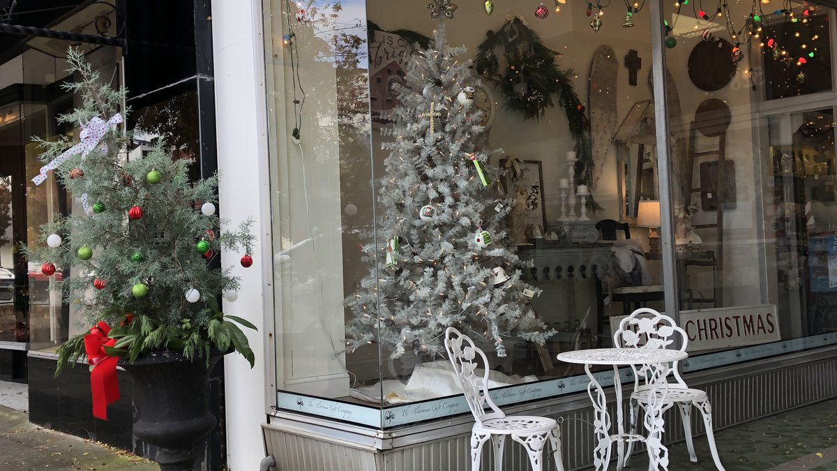 Several events planned for the holiday season in downtown Gadsden.